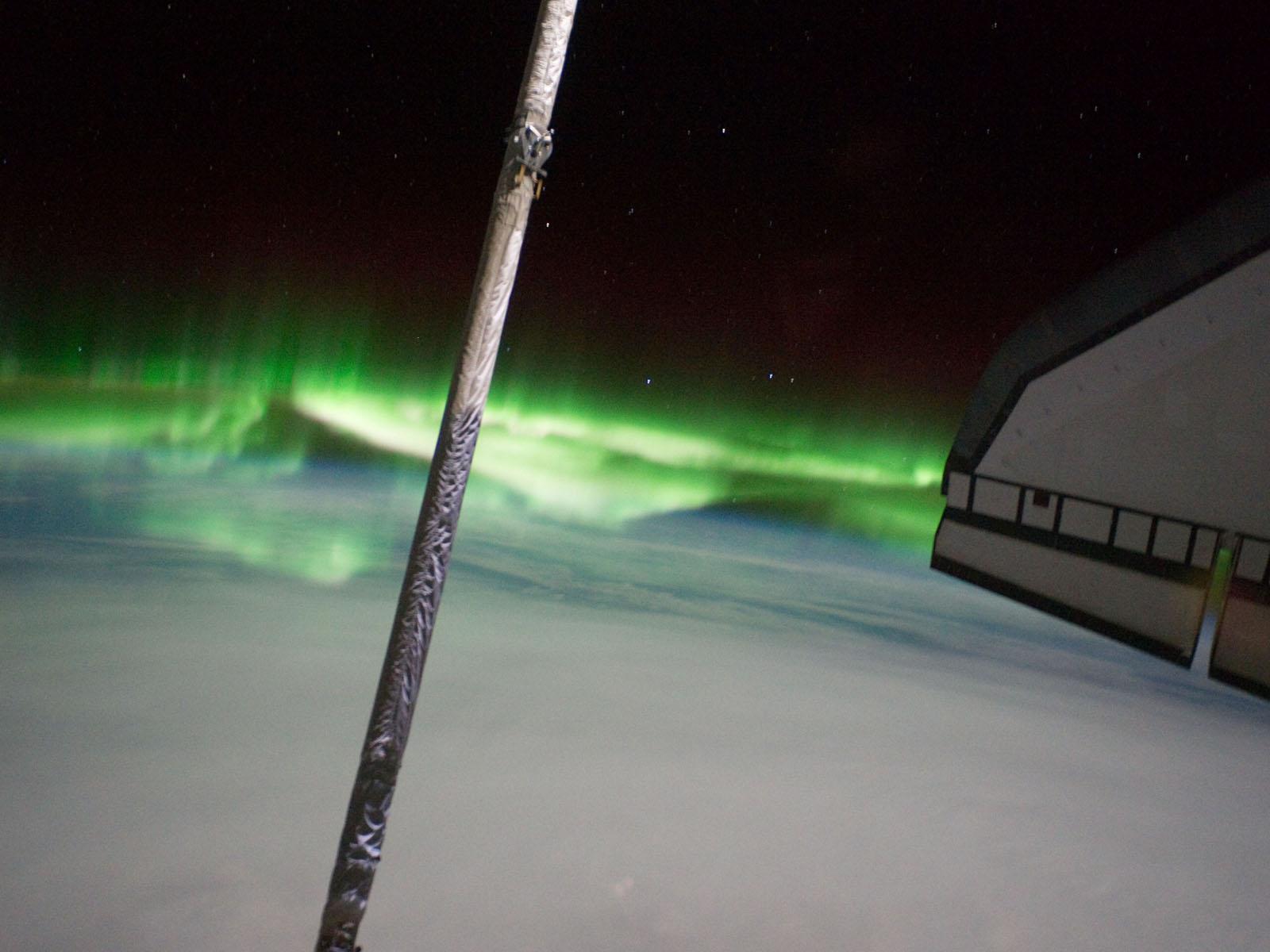 sts135-aurore.jpg
