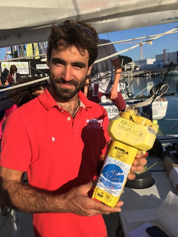 Alan Roura et la balise Argonautica
