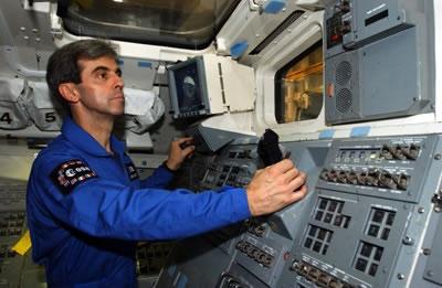 Leopold Eyharts training at Johnson Space Center, Texas. Crédits : ESA/S. Corvaja