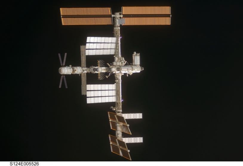 L'ATV est resté amarré à l'ISS pendant 5 mois. Crédits : NASA.