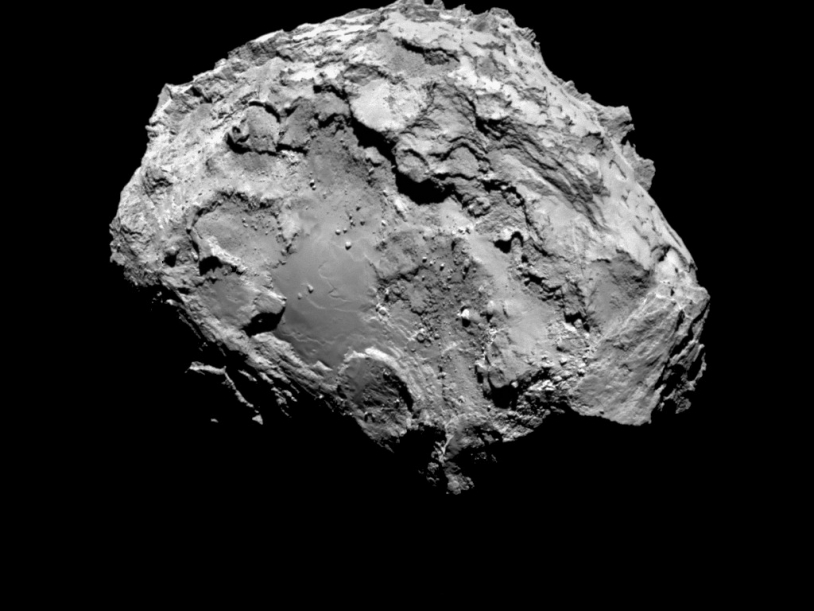 The nucleus of 67P imaged by the OSIRIS-NAC camera on 3 August from a distance of 285 km; the resolution is 5.3 m/pixel. Credits: ESA/Rosetta/MPS for OSIRIS Team MPS/UPD/LAM/IAA/SSO/INTA/UPM/DASP/IDA.