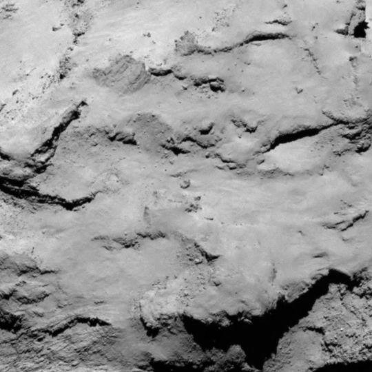 La zone I est située sur le petit lobe du noyau de 67P. Crédits : ESA/Rosetta/MPS for OSIRIS Team MPS/UPD/LAM/IAA/SSO/INTA/UPM/DASP/IDA.