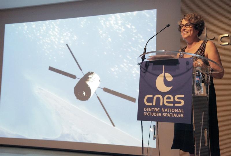Fabienne Casoli, adjointe à la Direction de la stratégie et des programmes du CNES, chargée de la direction scientifique. Crédits : CNES/S. Charrier.